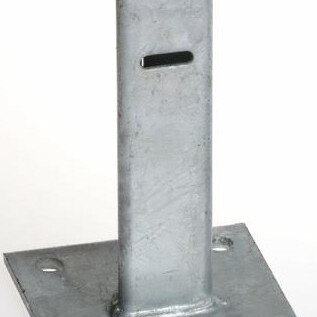 pritrditveni podstavek za steber t pocinkan topdom uai