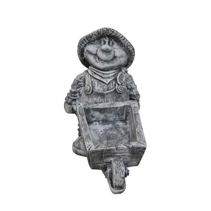 okrasna vrtna figura palcek s samokolnico obnova